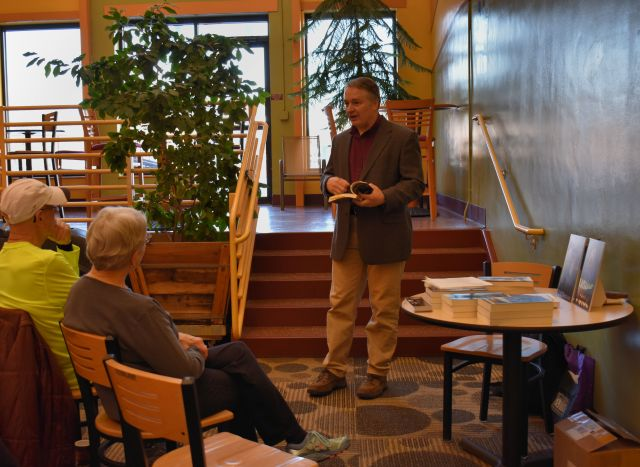Author Talk, Mapleton Center YMCA (© F. P. Dorchak, January 17, 2017)