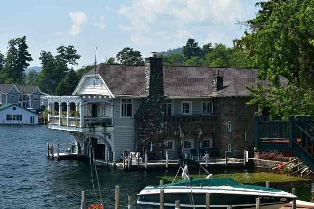Boathouse B&B. (© F. P. Dorchak, August 10, 2017)
